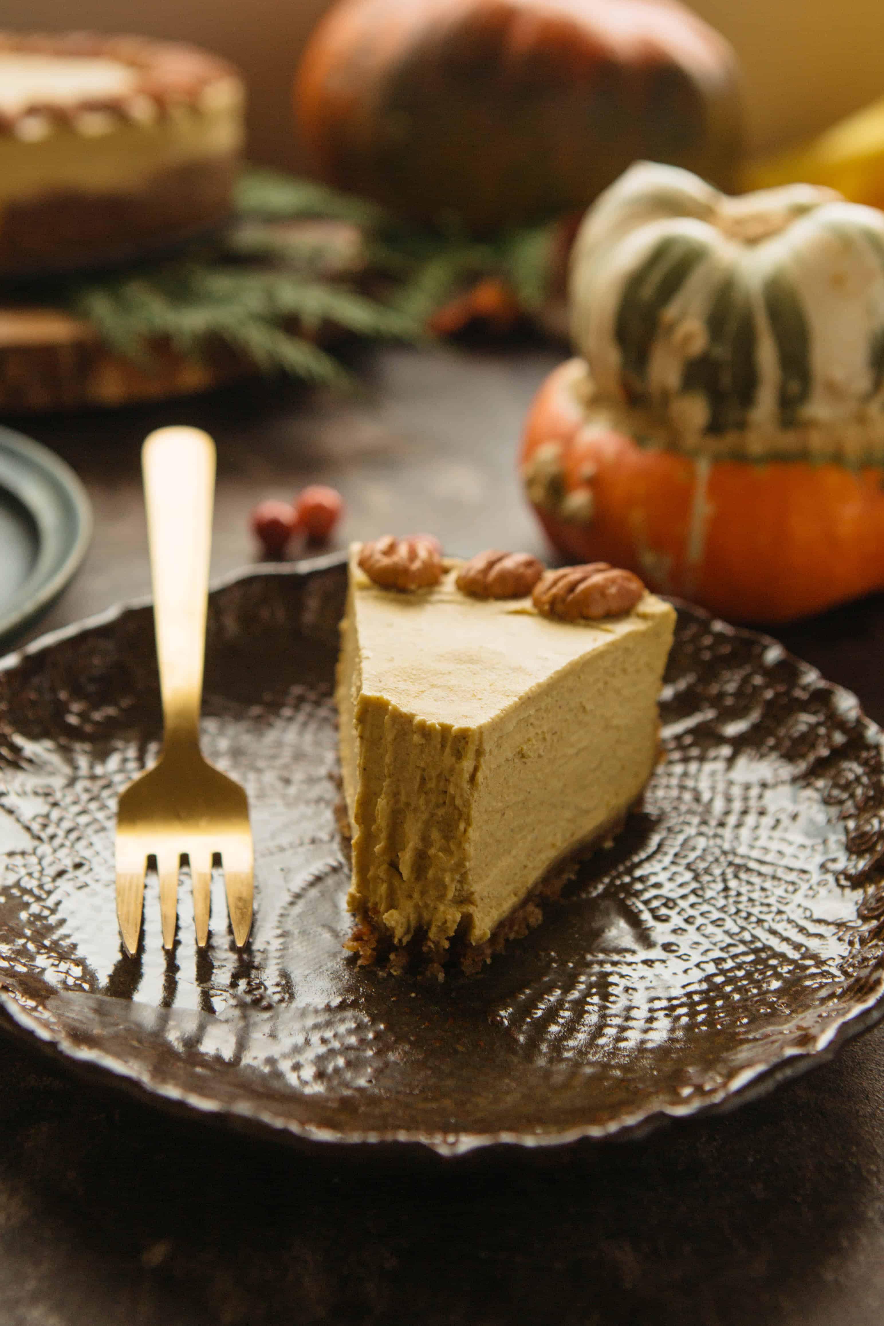 Raw Vegan Pumpkin Cheesecake | ColeyCooks.com